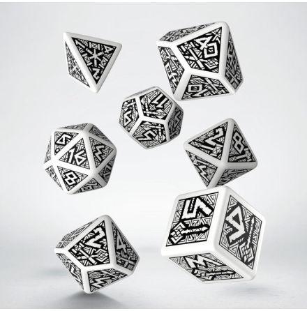 Dwarven White & black Dice Set (7)